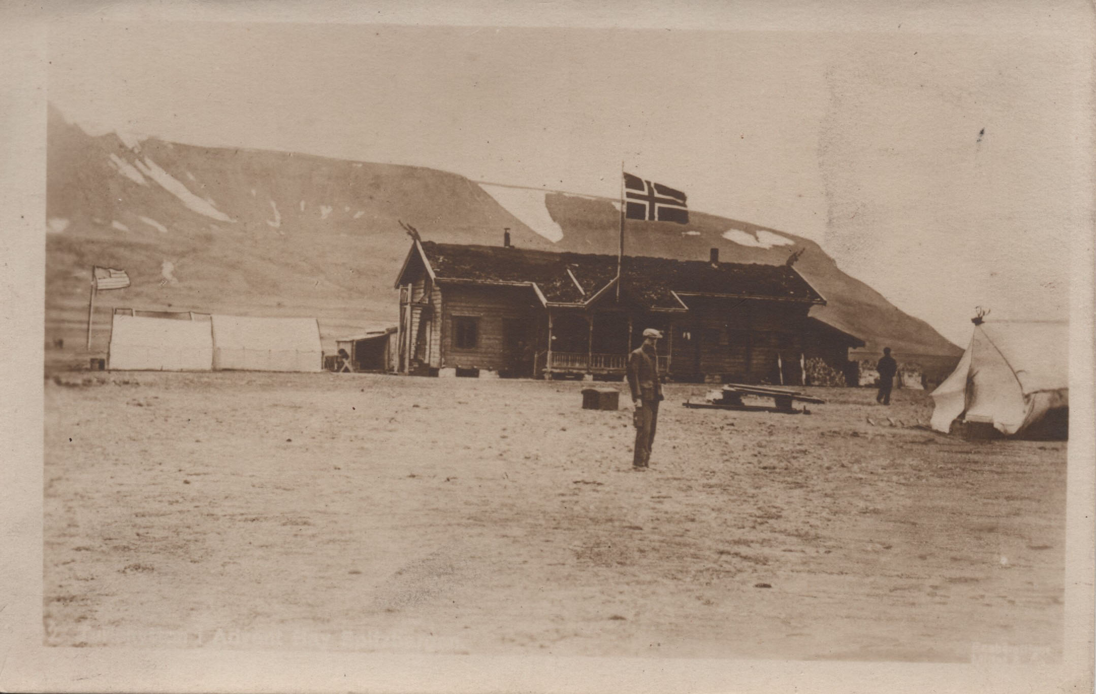 Postcard First Post Office Spitsbergen 1906