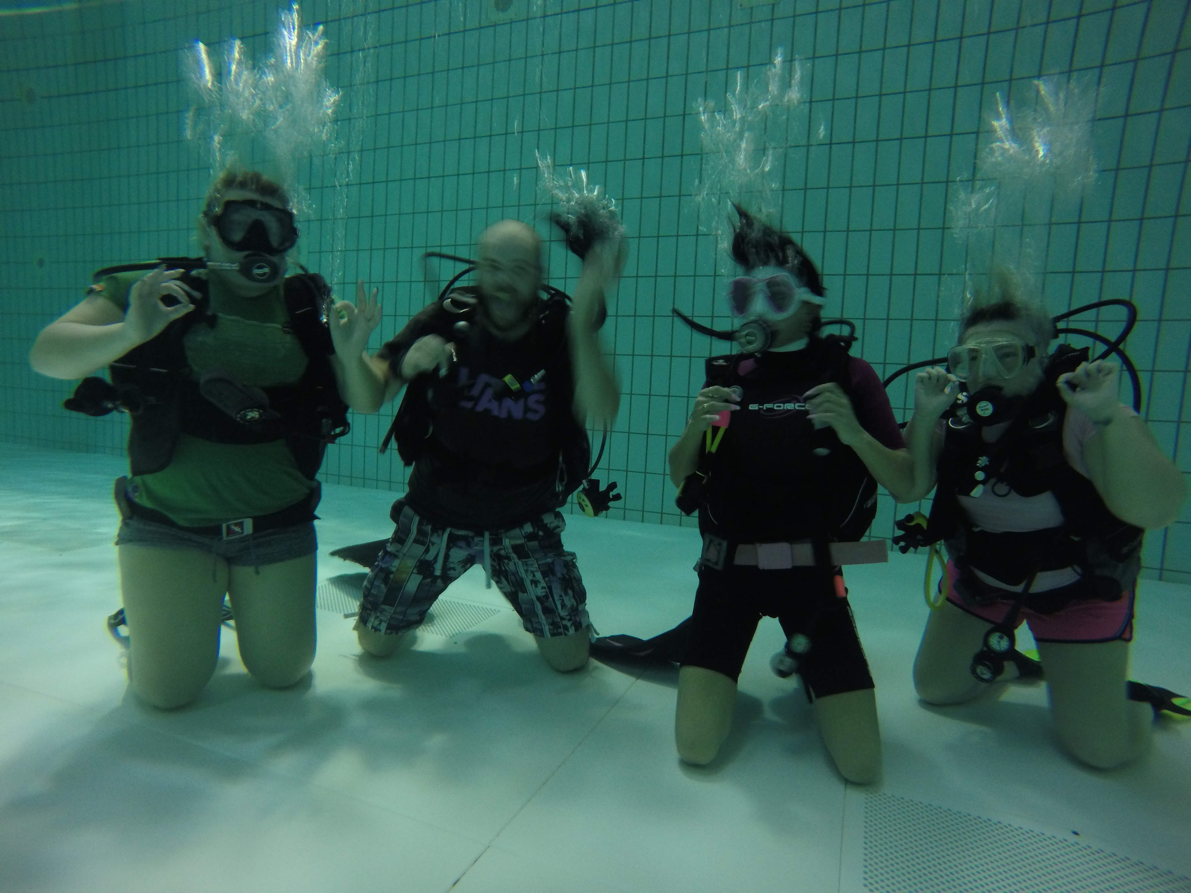 Pool session for Qualified Divers