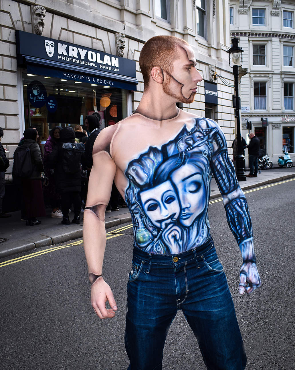 Kryolan Bag Sale 2019 - Body paint Window Display