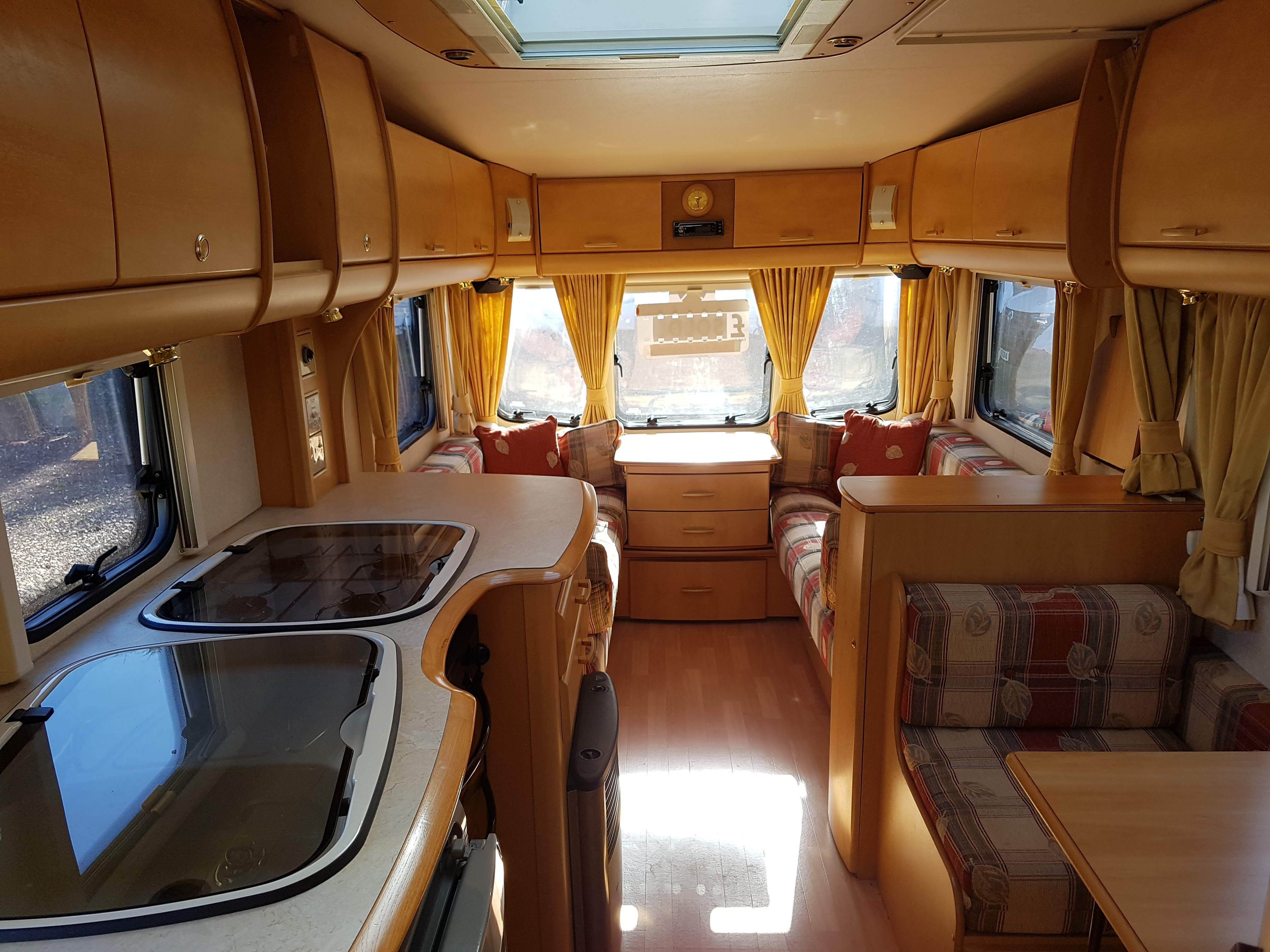 2006 Bailey Pageant Champagne 4 Berth Side Dinette End Washroom Caravan