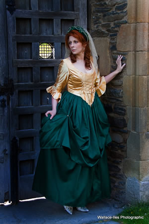 Bottle green and gold dress. Medieval style with three quarter sleeve