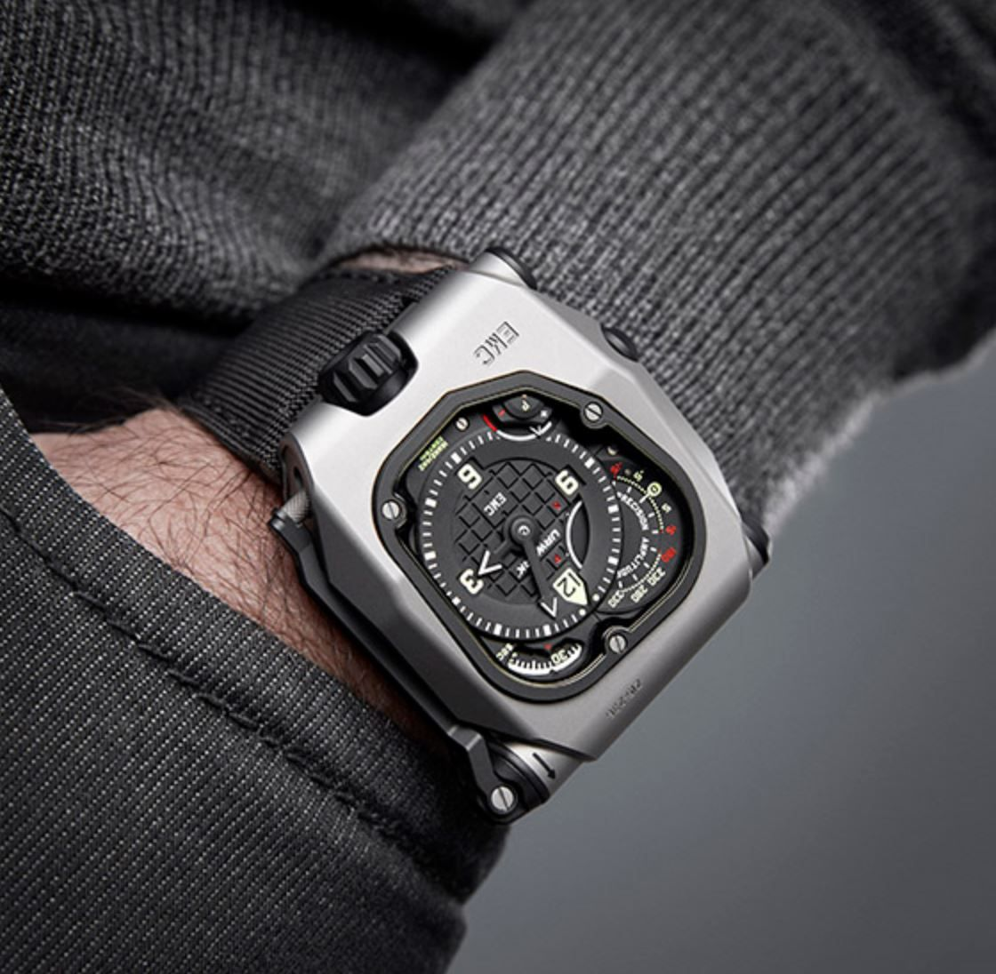Review of Urwerk EMC Time Hunter