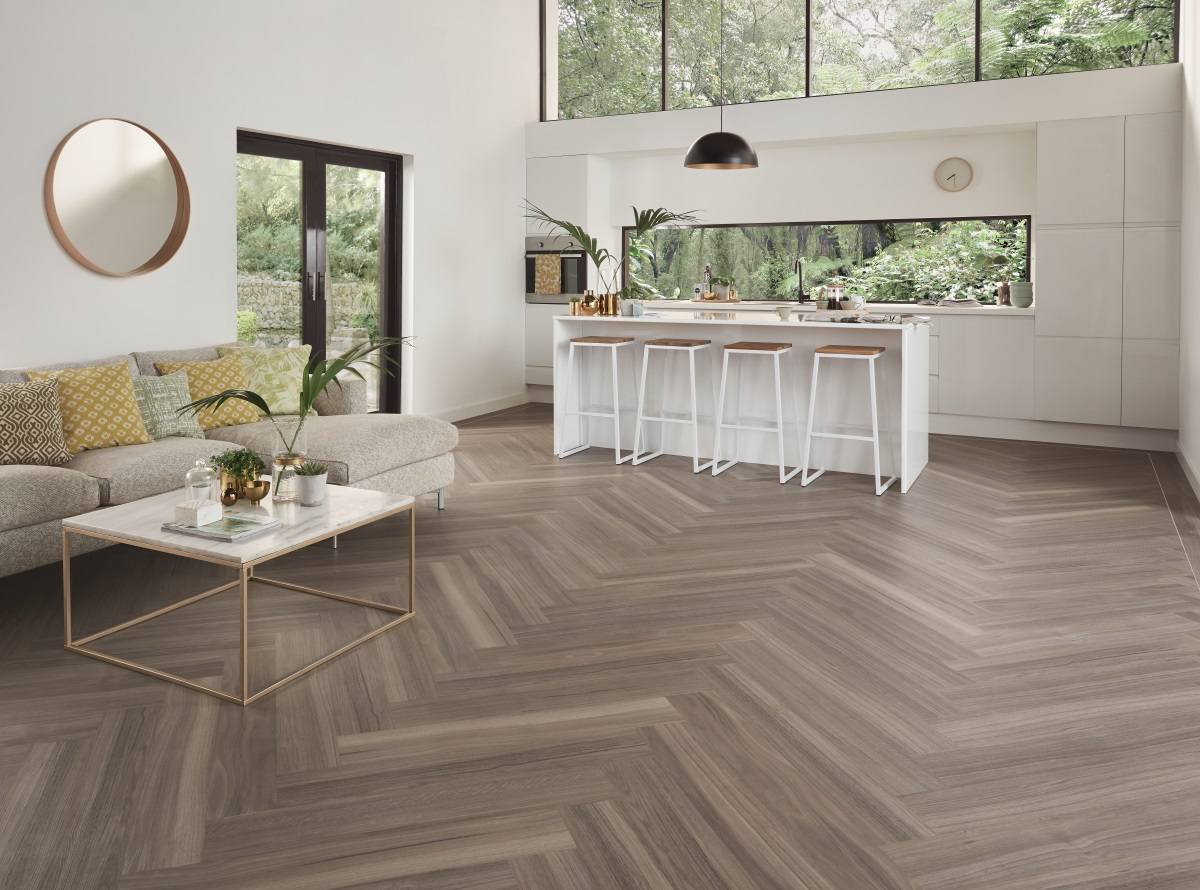 KP141 Urban Spotted Gum