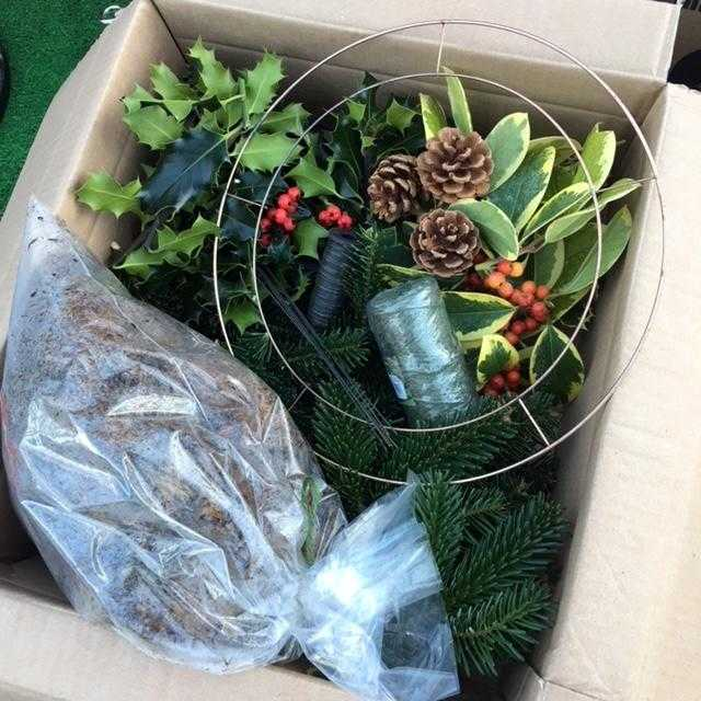12 Inch Wreath Making Kit £20 inc P&P