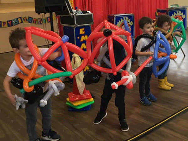 Balloon Modelling, Party Games kids parties