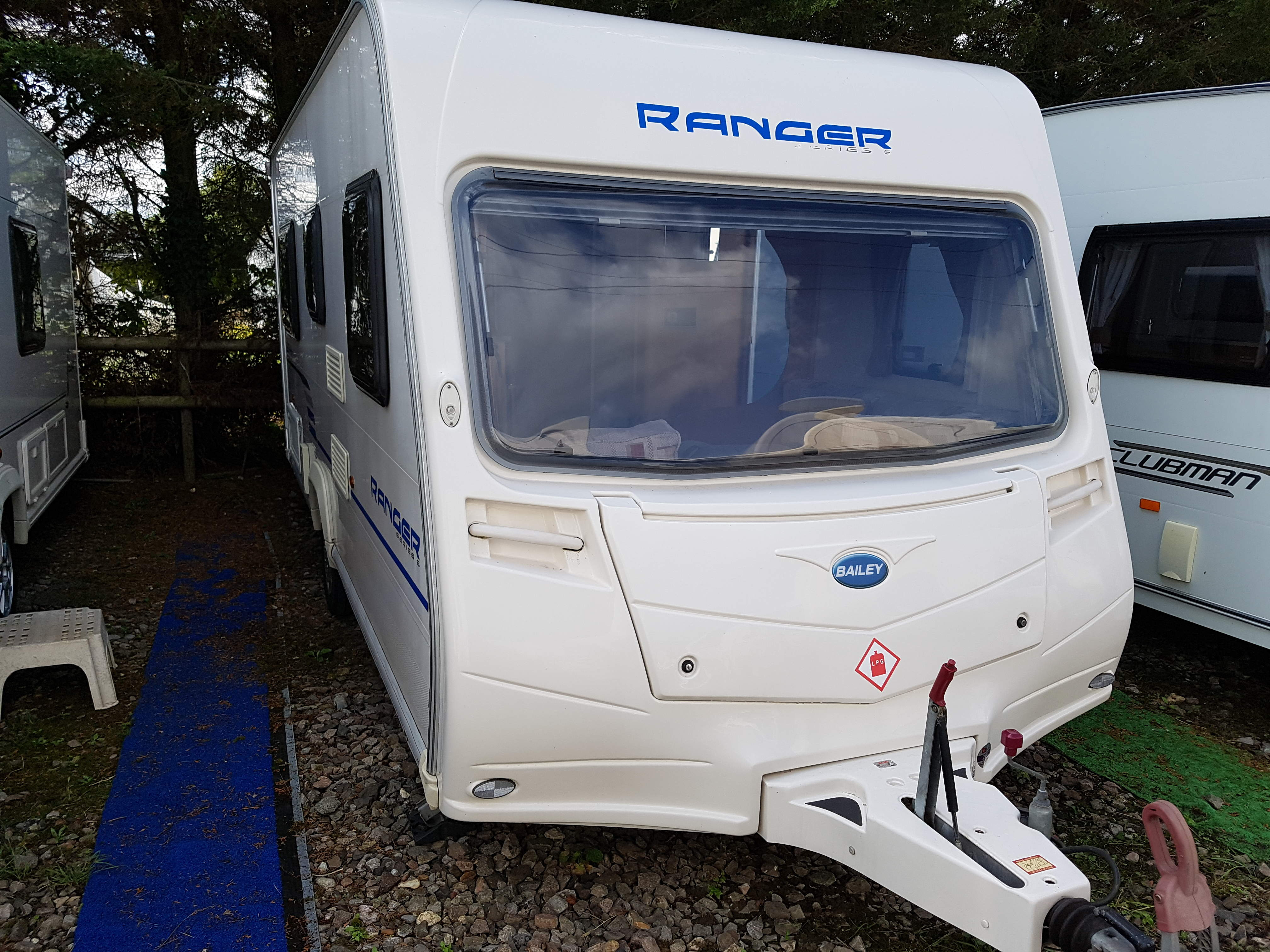 2009 Bailey Ranger 460/4 Series 6 4 Berth Fixed Bed Lightweight Caravan Max laden Just 1208kgs