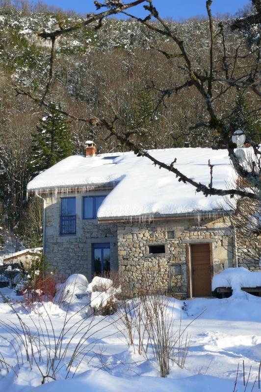 Gîte dans la neige