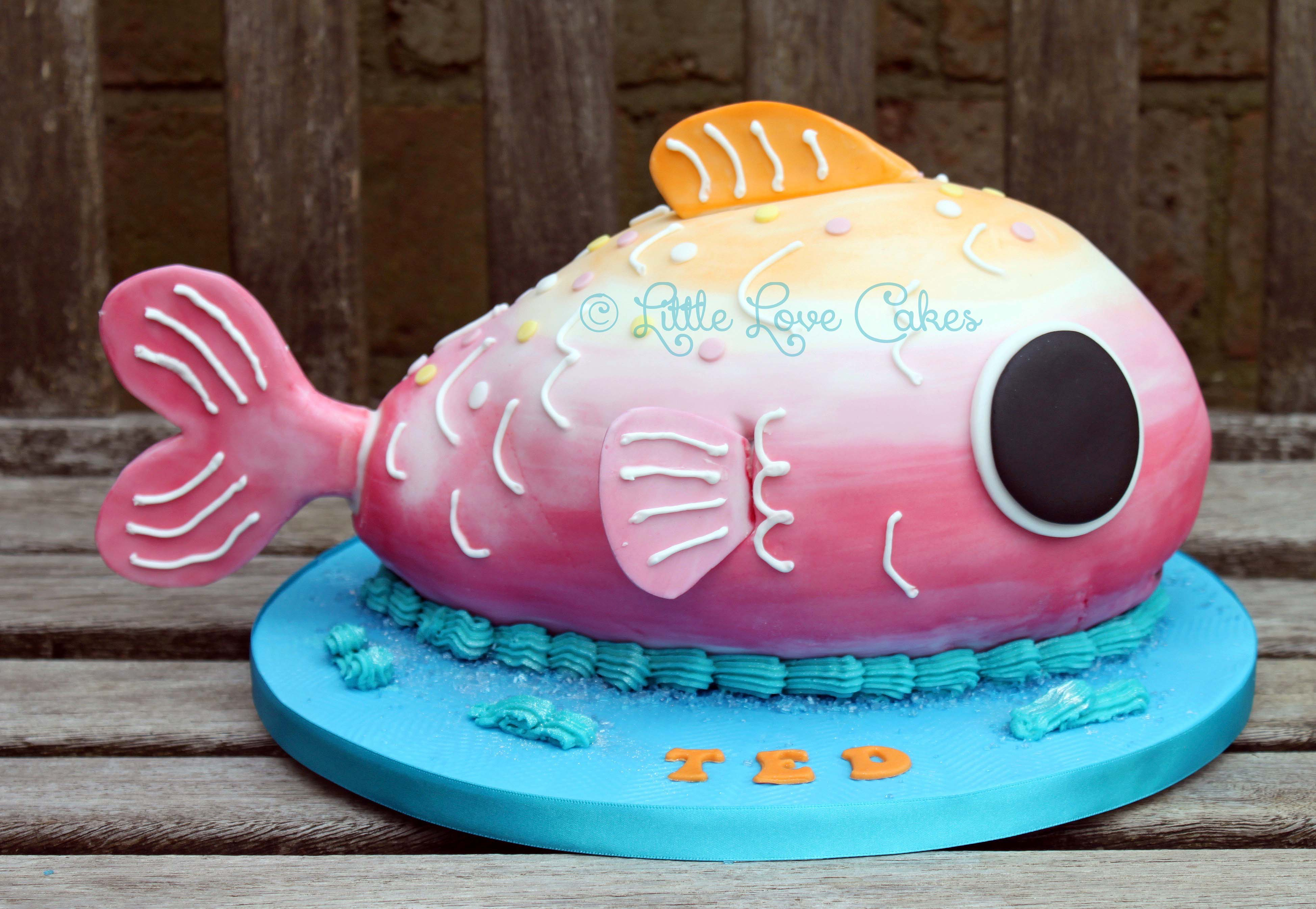 Paw Patrol fish cake