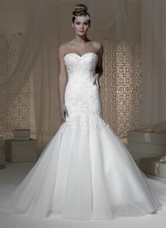 Wedding dresses bridesmaids dresses bridal shop mens for Cheap wedding dresses az