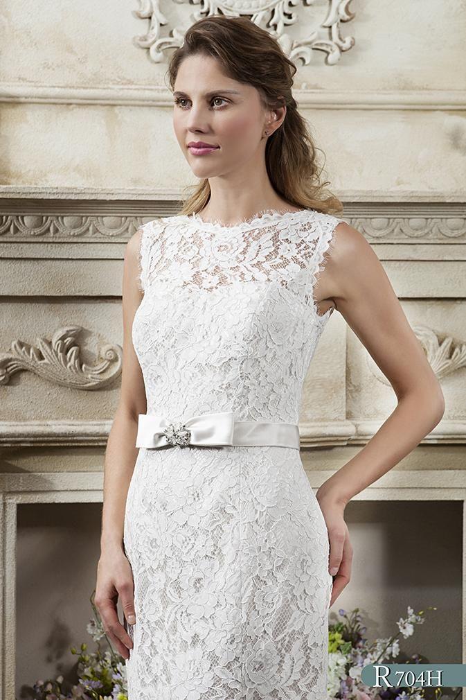 White rose wedding dresses plus size