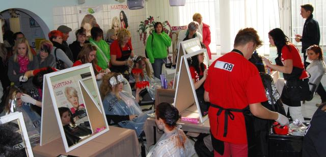 Students Work Experience in Hair Salon