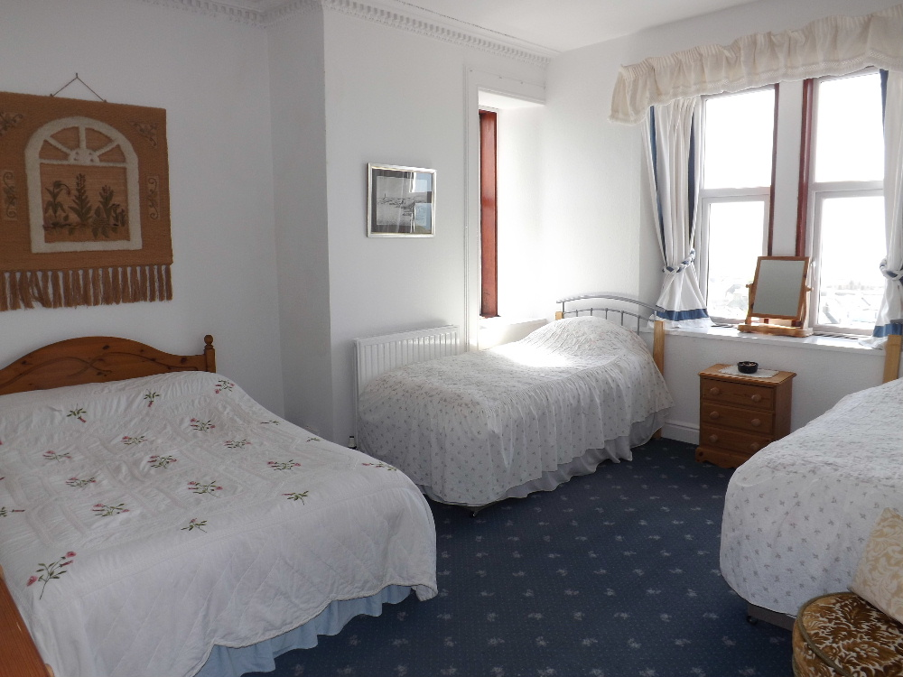 Portpatrick Holidays - A family room at Braefield House self-catering holiday accommodation, Portpatrick