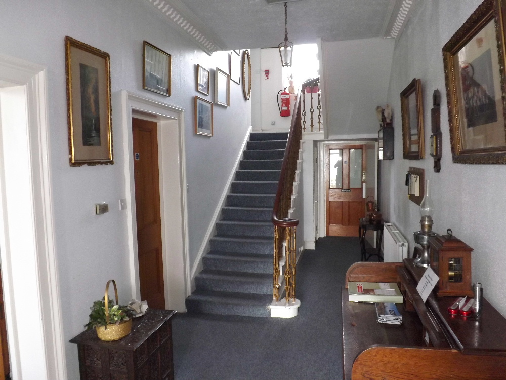 Portpatrick Holidays - The impressive entrance hall at Braefield House, Portpatrick