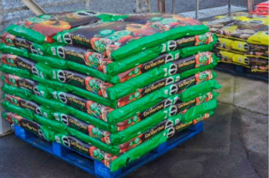We stock a range of compost, bark and grow bags at the Castle Douglas Garden Centre