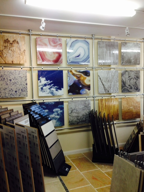 For stunning glass wall tiles, visit Dream Tiles of Bicester, Oxfordshire, England