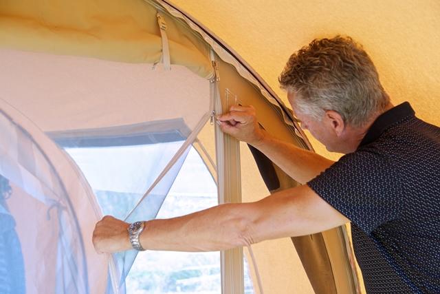 Karsten opera 2400 tunnel tent