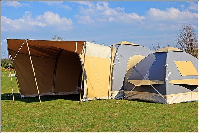 Karsten 300 with 220 Link Tent
