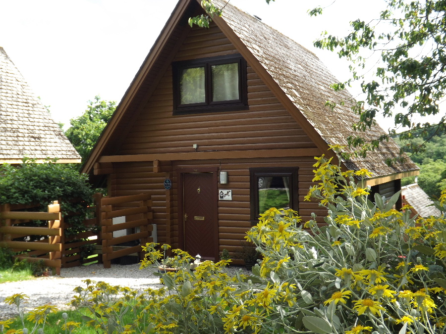 Red Kite Cottage 4 Star Lodge at Barend, Sandyhills, Dumfries & Galloway