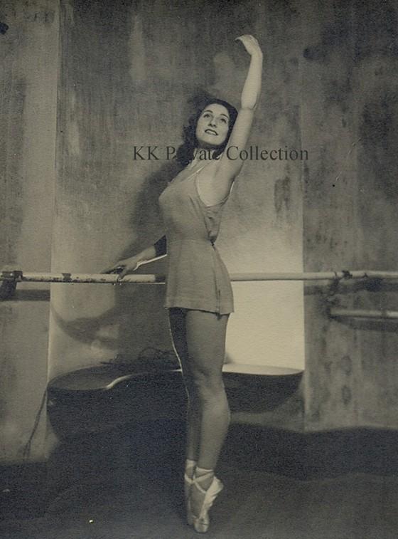 Katherine Kath Paris 1940