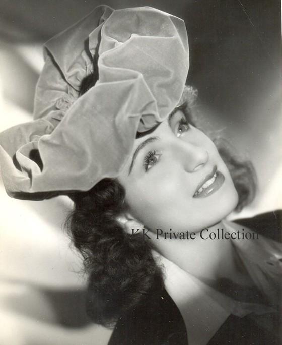 Katherine Kath Paris 1943
