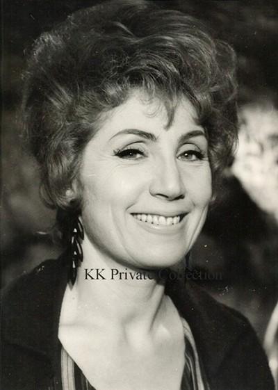 Katherine Kath in Gigot