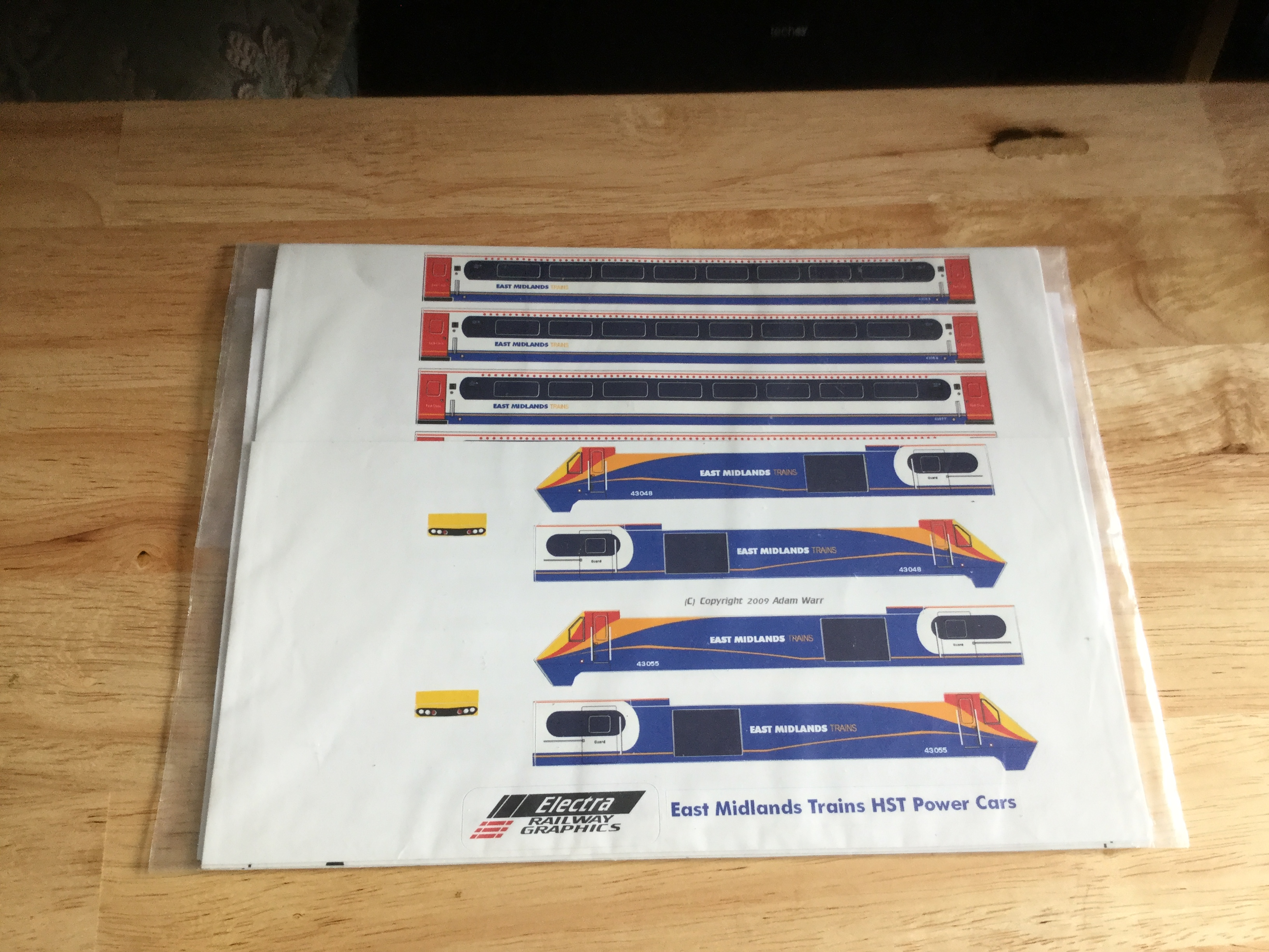 Electra East Midlands HST Train Set