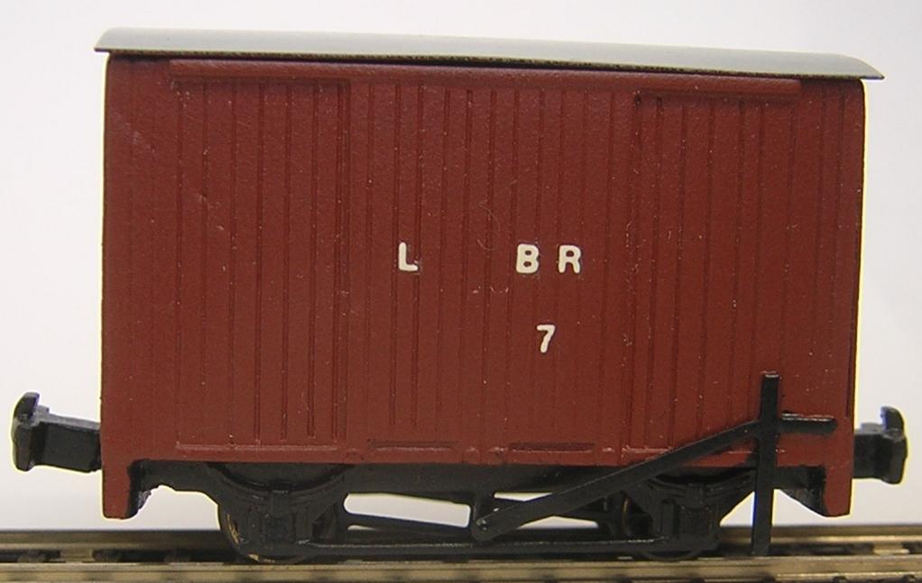 9212 L&B Van