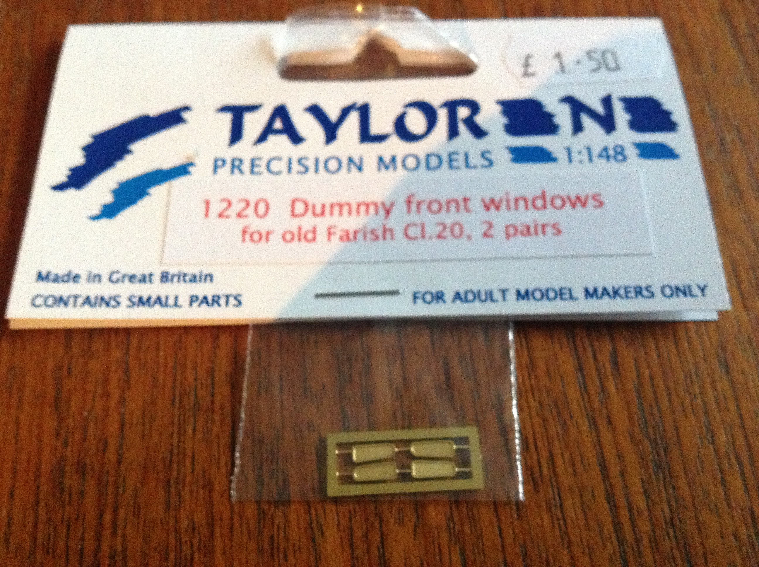 Taylor 1220 Dummy front Windows