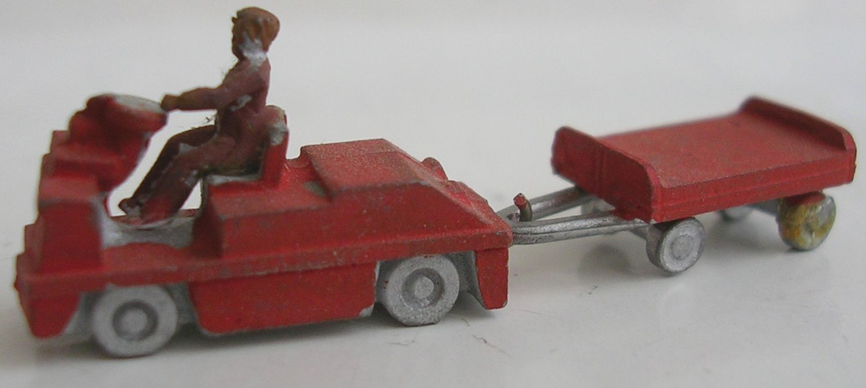 N19 Platform Motor Tractor & Flat Trailer