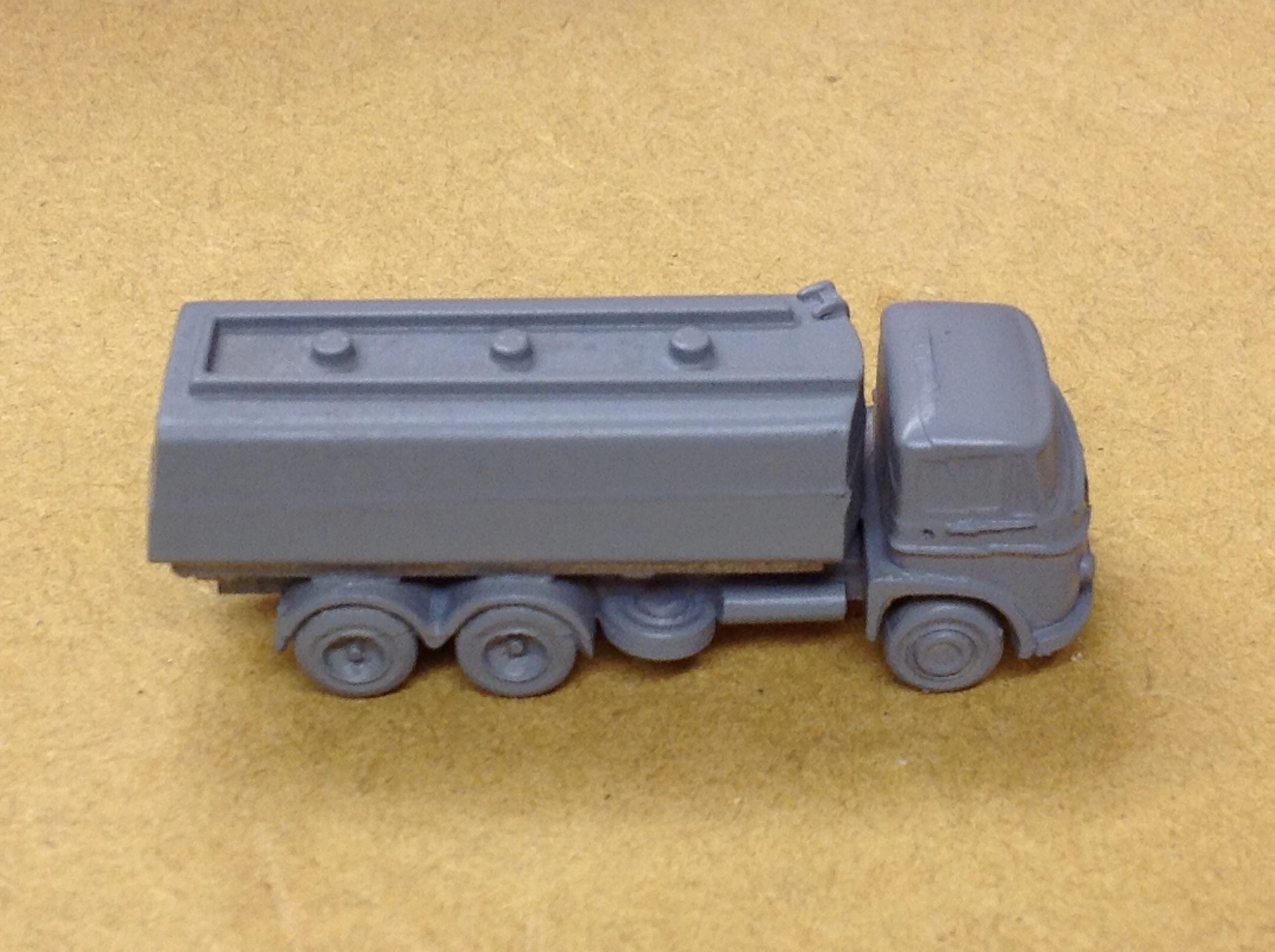 N305 Foden 6 Wheel Petrol Tanker