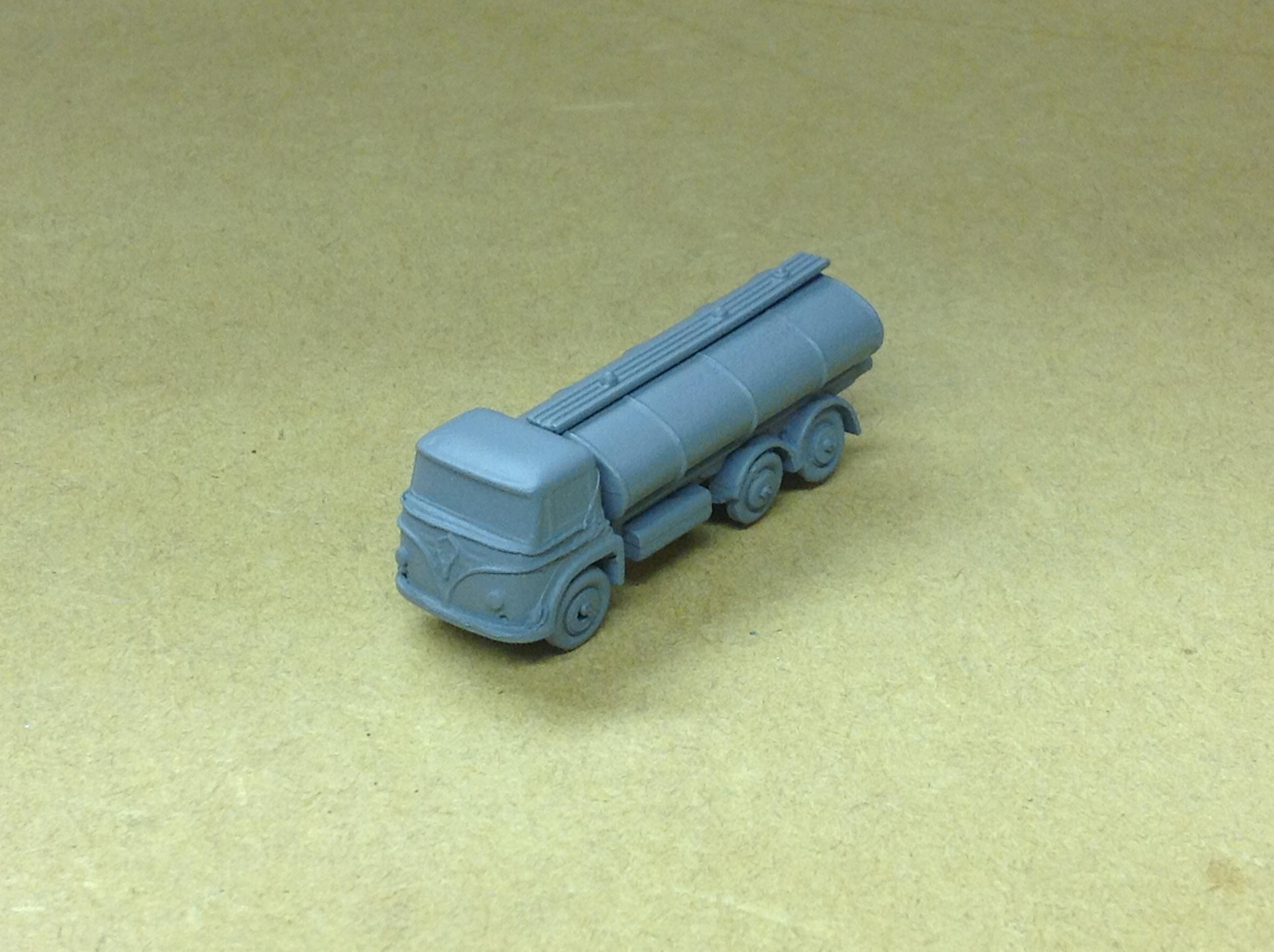 N324 Foden 6 wheel Petrol Tanker
