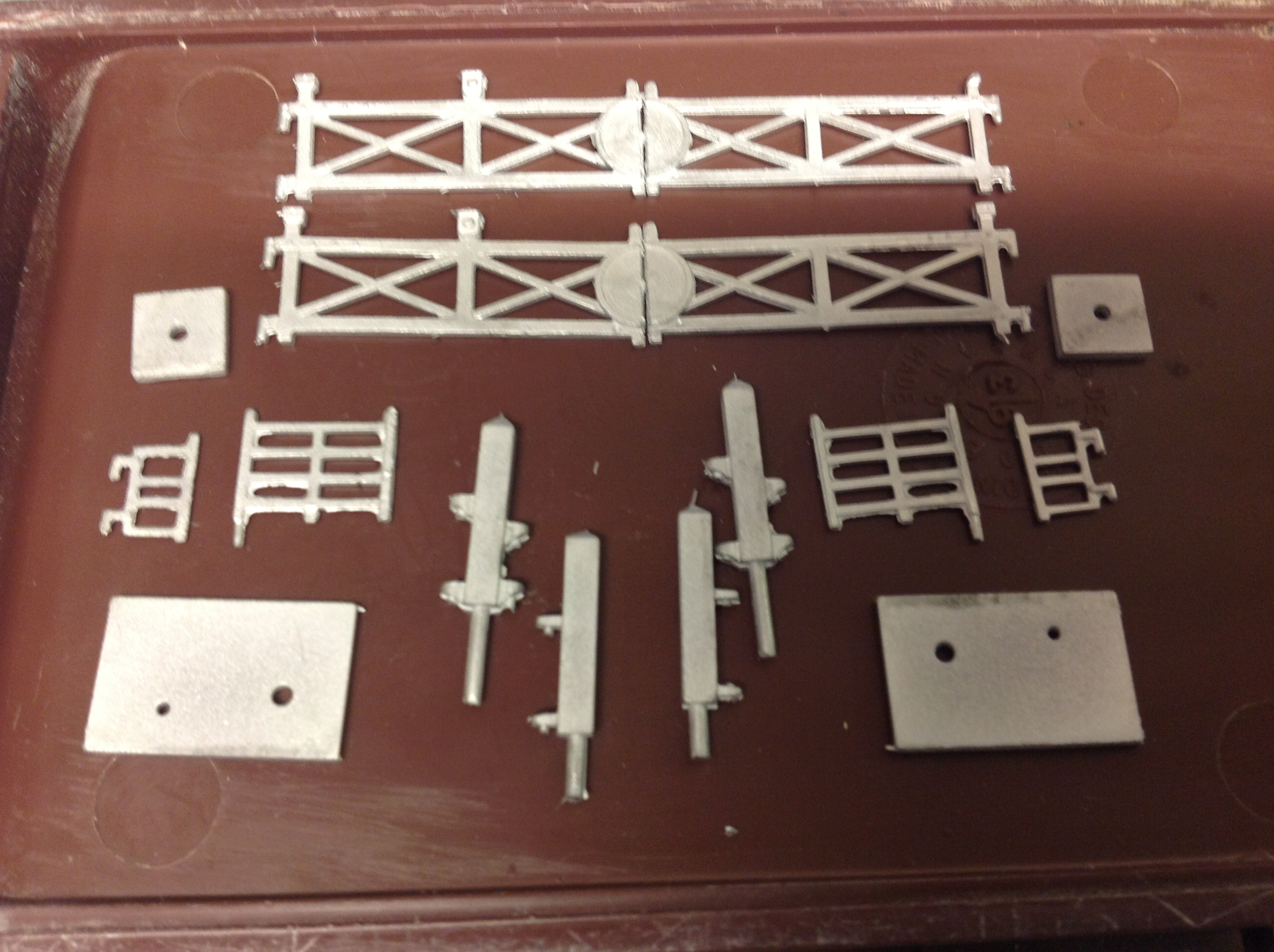 N72 Double Track Crossing Set with Wicket Gate