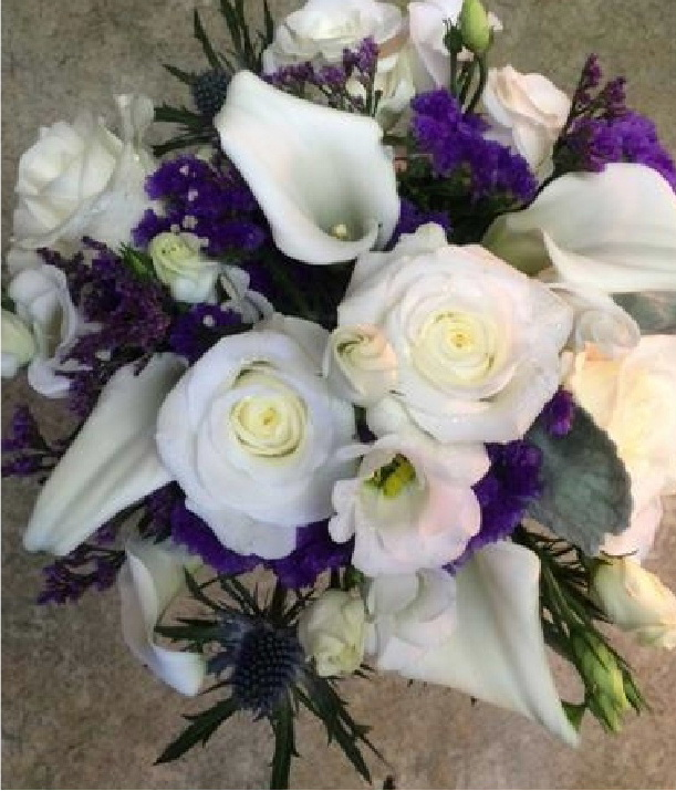 Wedding bouquets in colours to match your wedding colour scheme