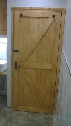 The finished Ledger & Braced pine internal door
