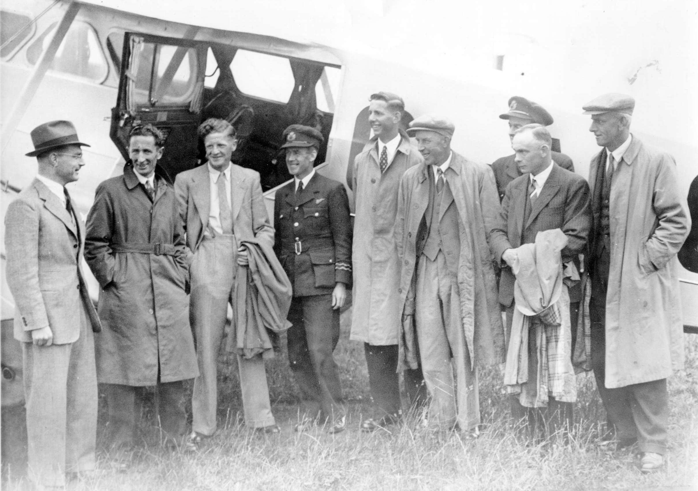 Aeroplane with two crew and a group of local mean