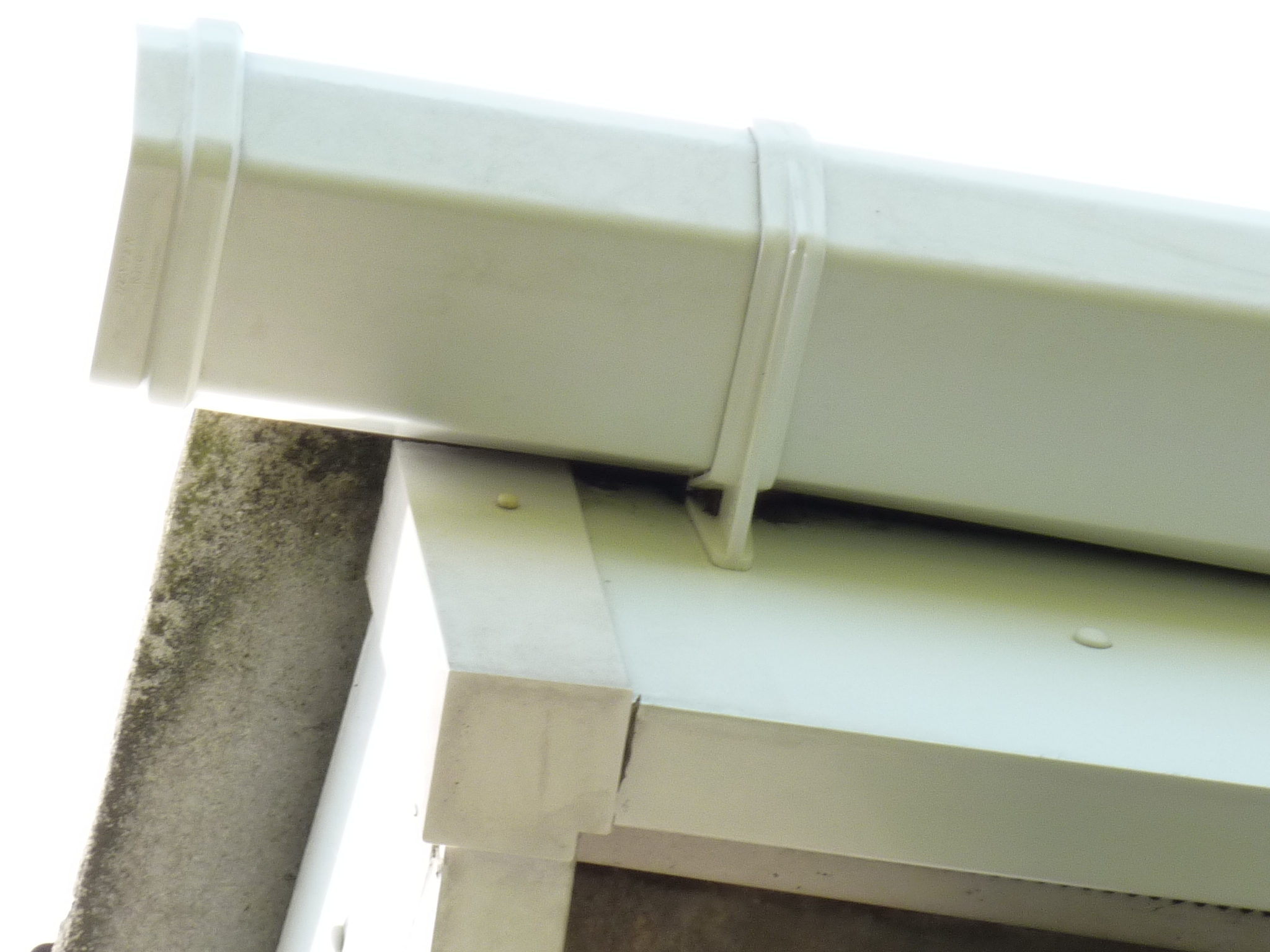 unblocked repaired cleaned gutters barton scunthorpe