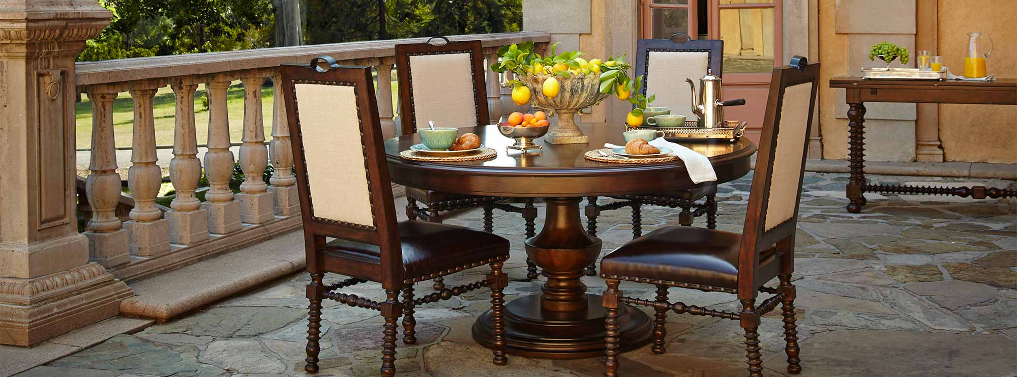 Bella Cera round dining table and chairs