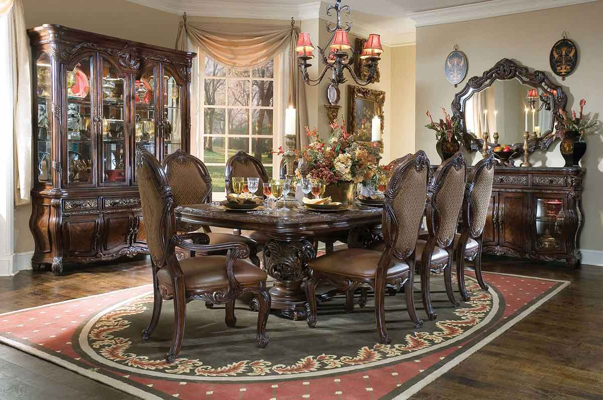 Essex manor dining room