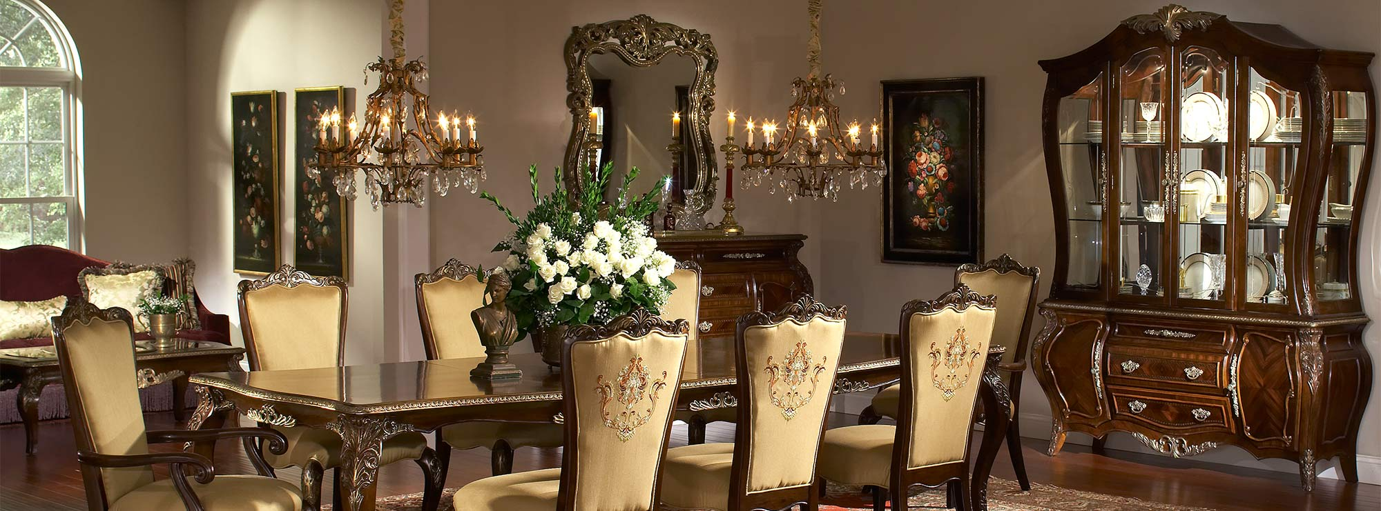 Imperial Court dining room suite