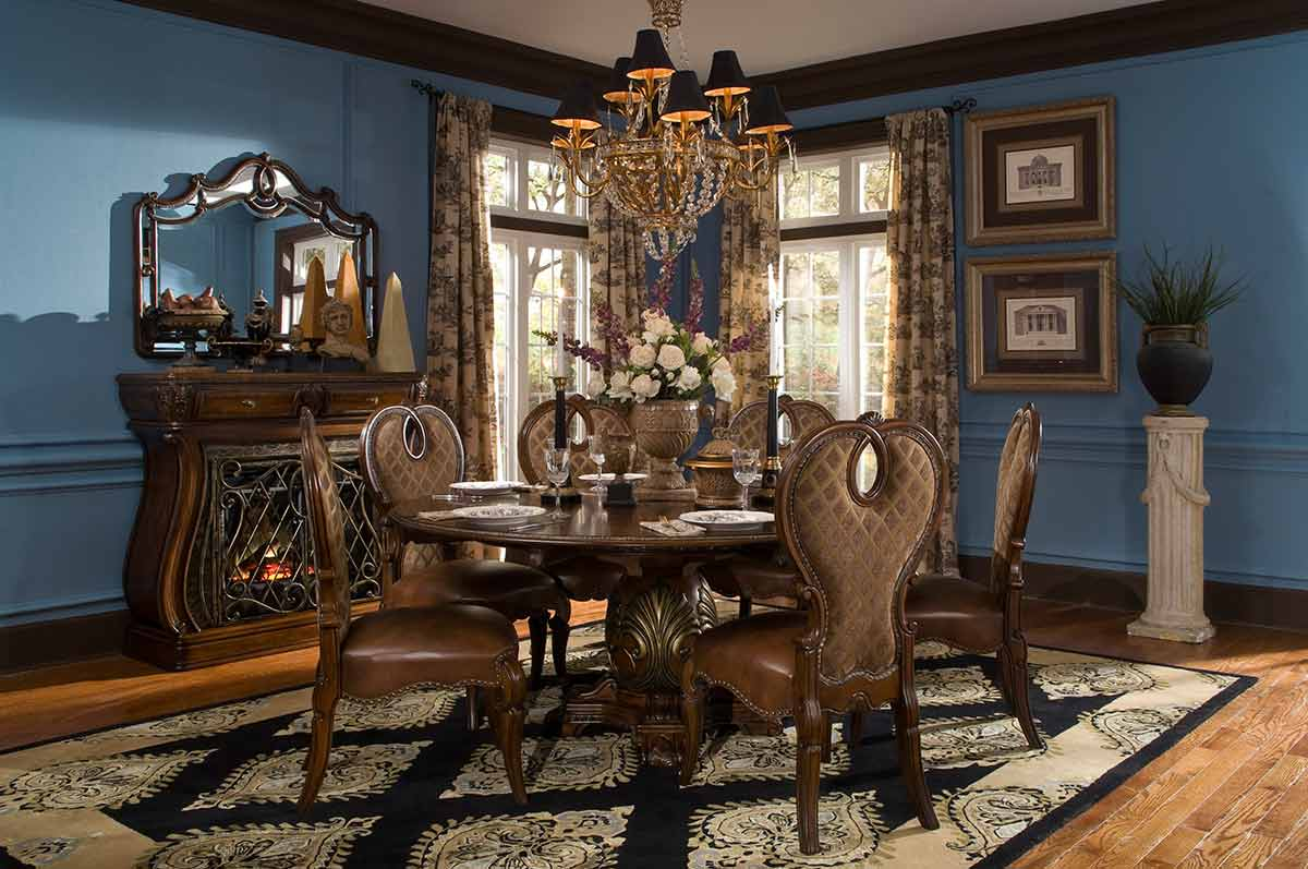 The Sovereign round dining table and chairs