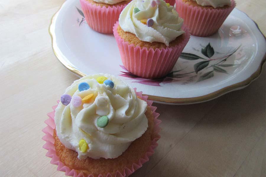 Gluten free cupcakes gluten free vanilla cupcakes negle Images