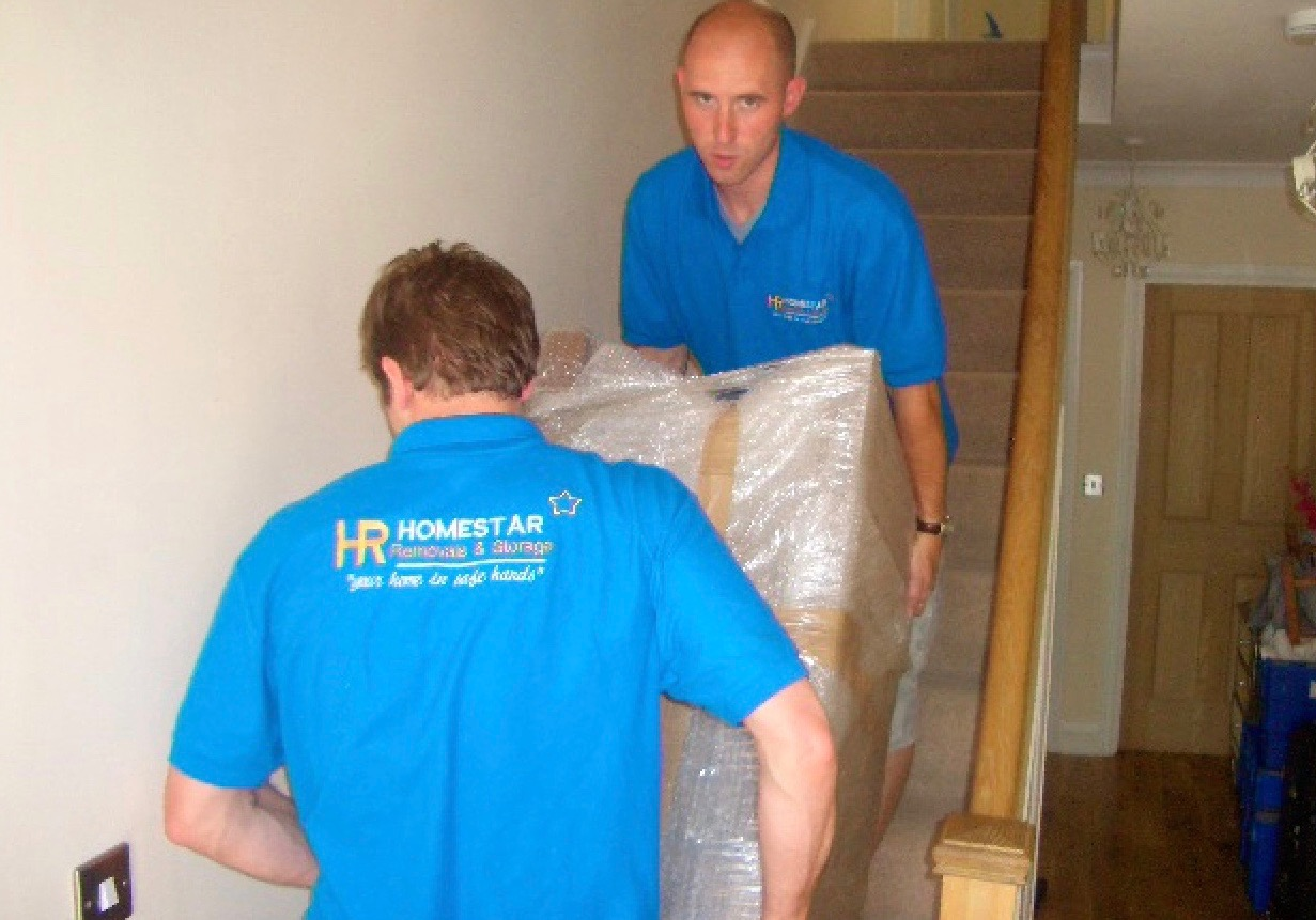 Removal firms Uxbridge - Homestar Removals