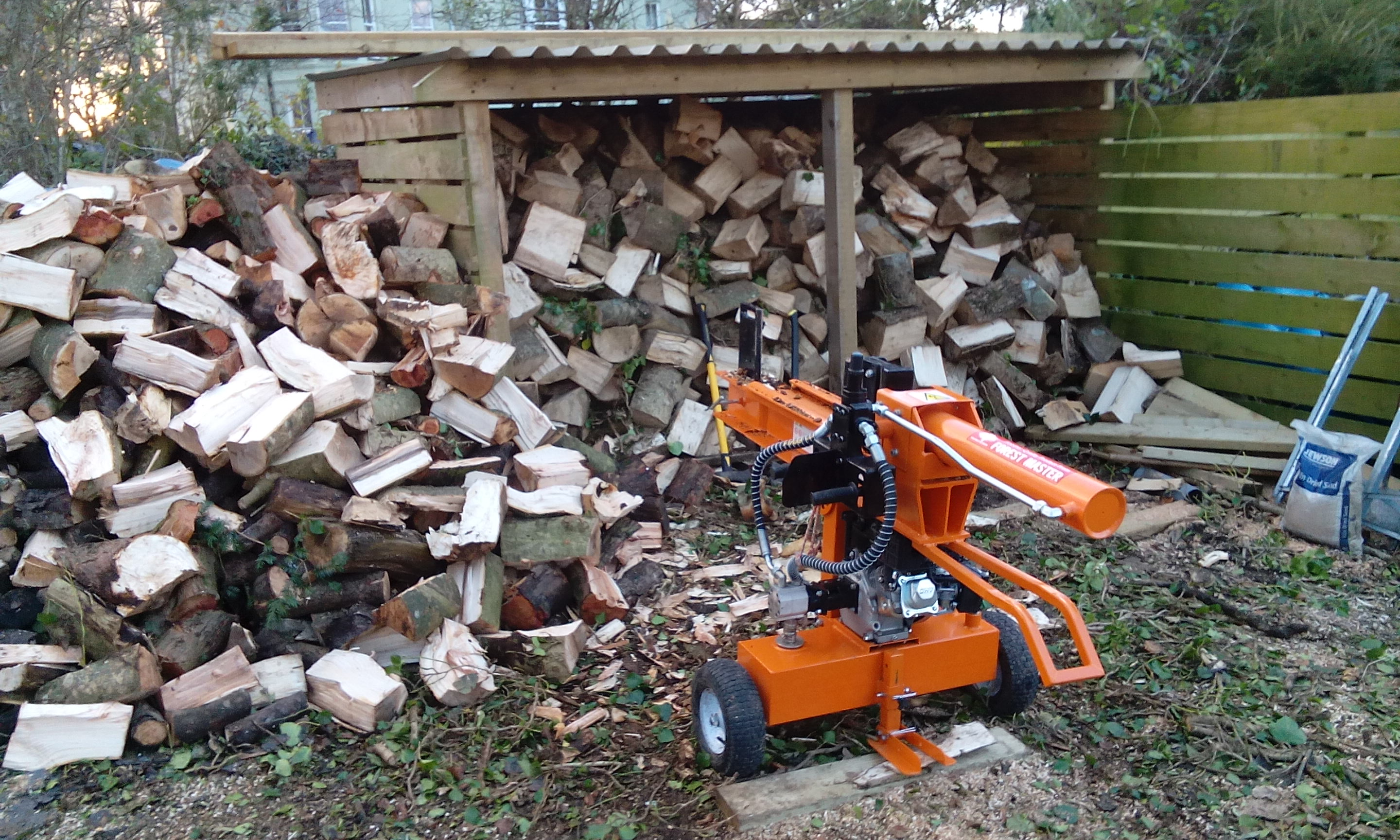 log splitter hire with operator/s in pembrokeshire