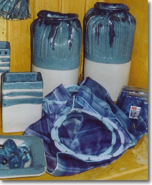 Matching textile gifts and pottery gifts