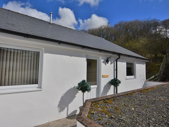 Creeview Cottage is a self catering holiday accommodation in south west Scotland near Newton Stewart