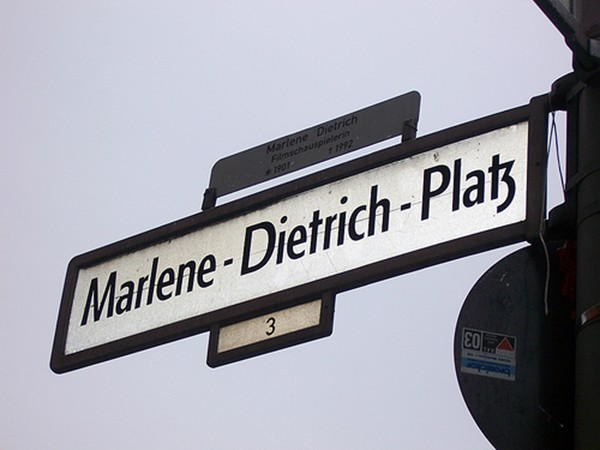 Marlene Dietrich Platz by Ángela Soto Carreira