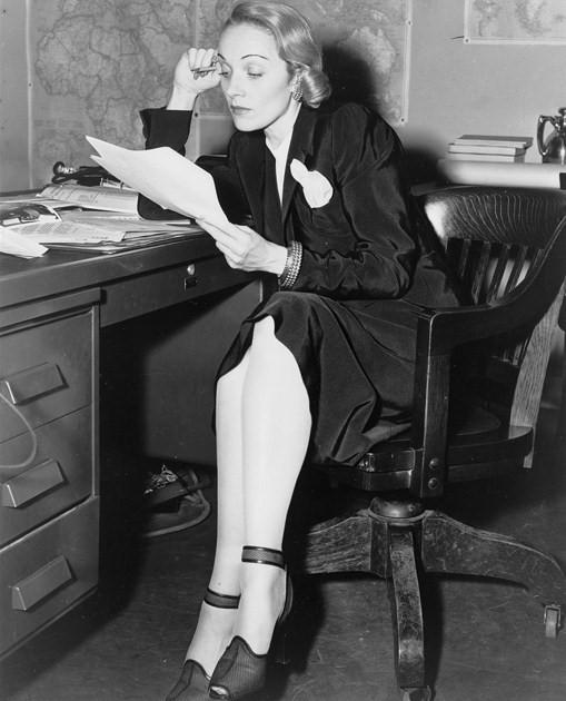 Marlene Dietrich Radio 1942