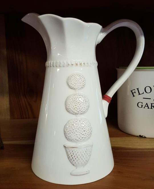 white jug with a 3D Topiary design