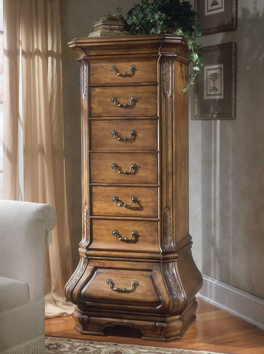 The Tuscano lingerie chest