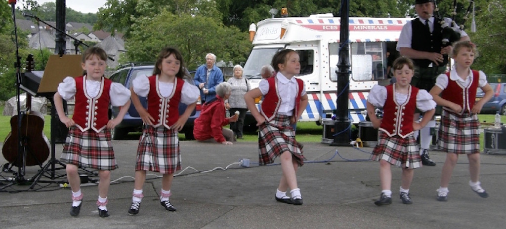 Scottish Dancing Display Colliston Park